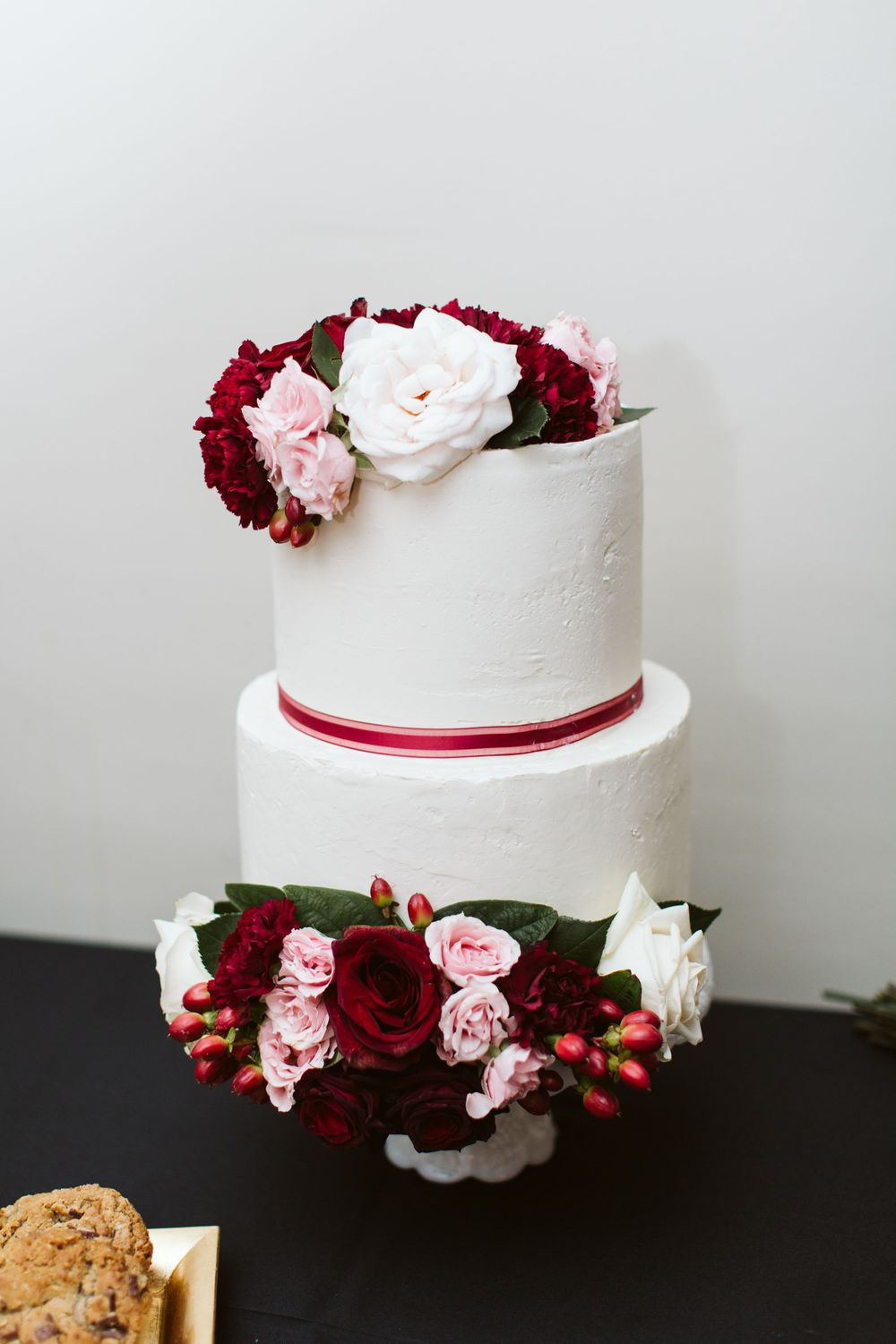 cake inspiration, winter wedding, Colorado reception ideas, classy wedding decor, best photographer in CO