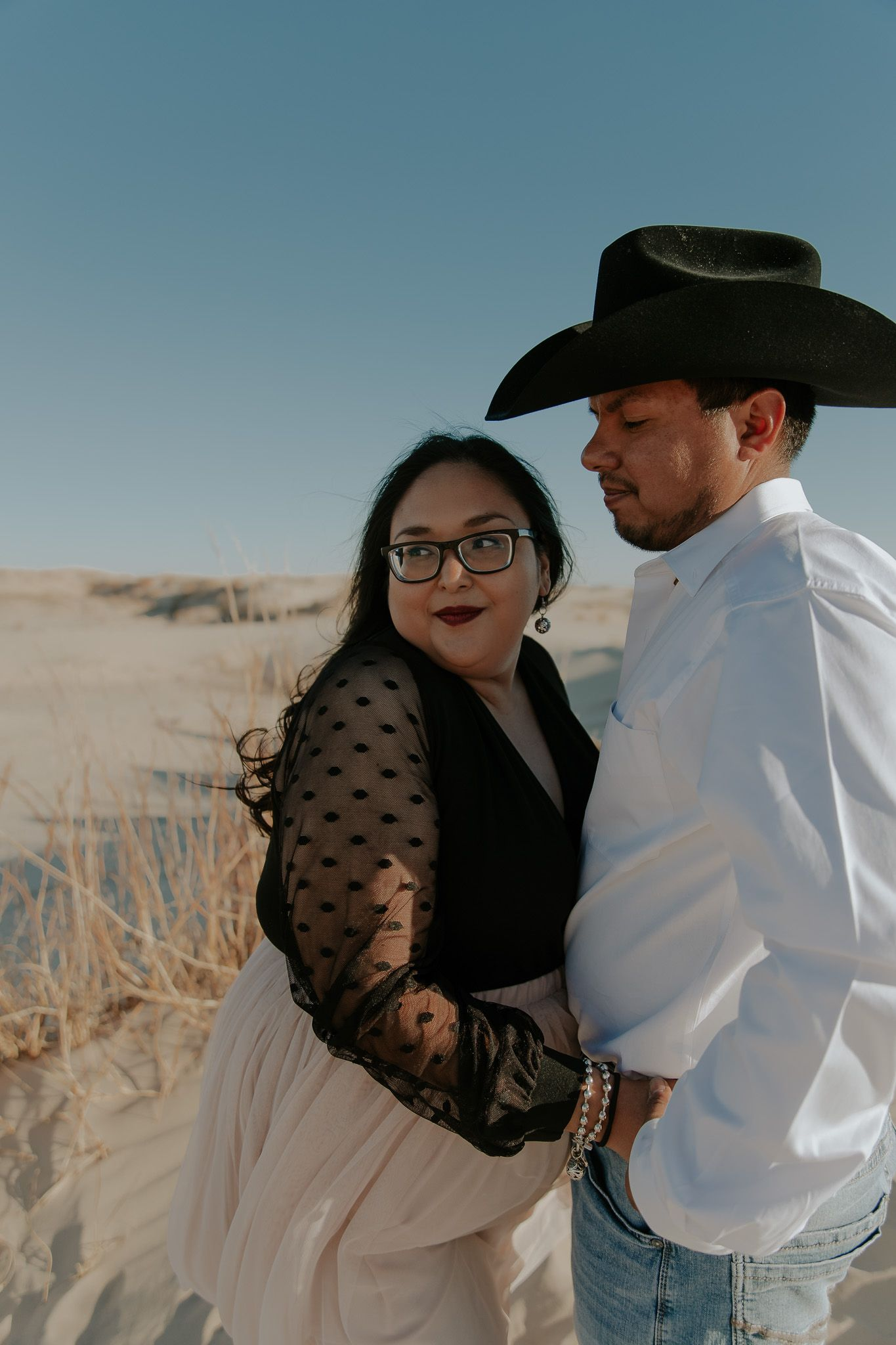 Couples Session - Monahans Sandhills State Park | The Roaming Coyote, West Texas Photographer