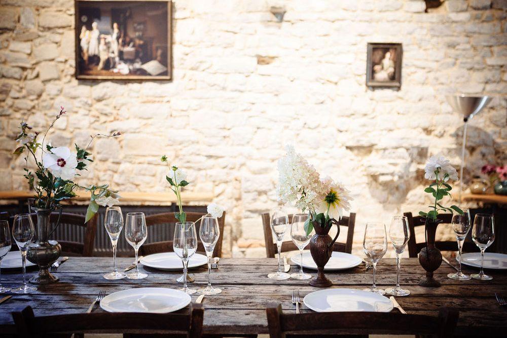 alternative wedding venue in Tuscany inspiration for an intimate wedding celebration