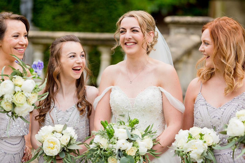 bridesmaids photographs