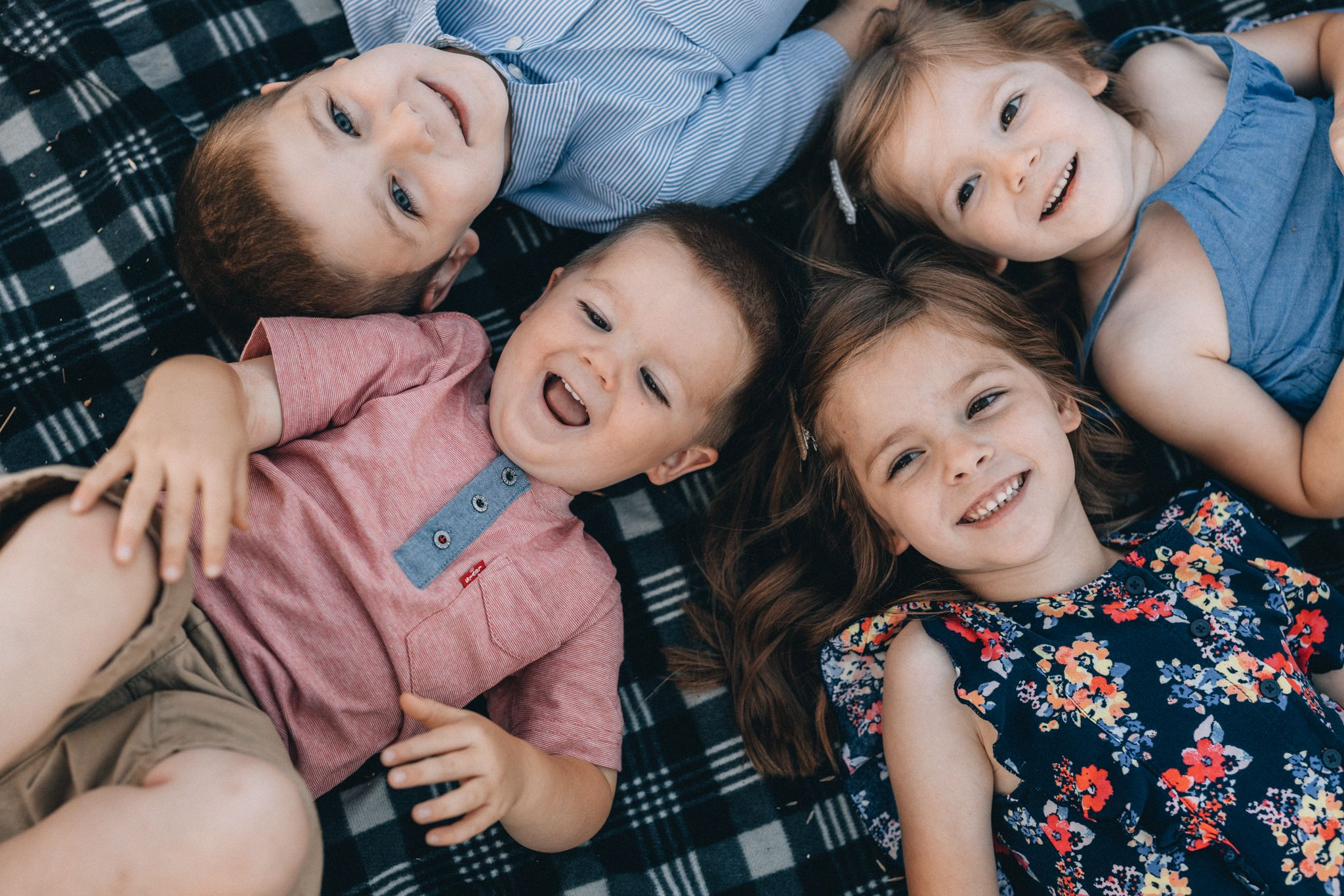 family kids kaysville lifestyle photographer Utah photography Bountiful Farmington Layton Davis Portrait groups extended