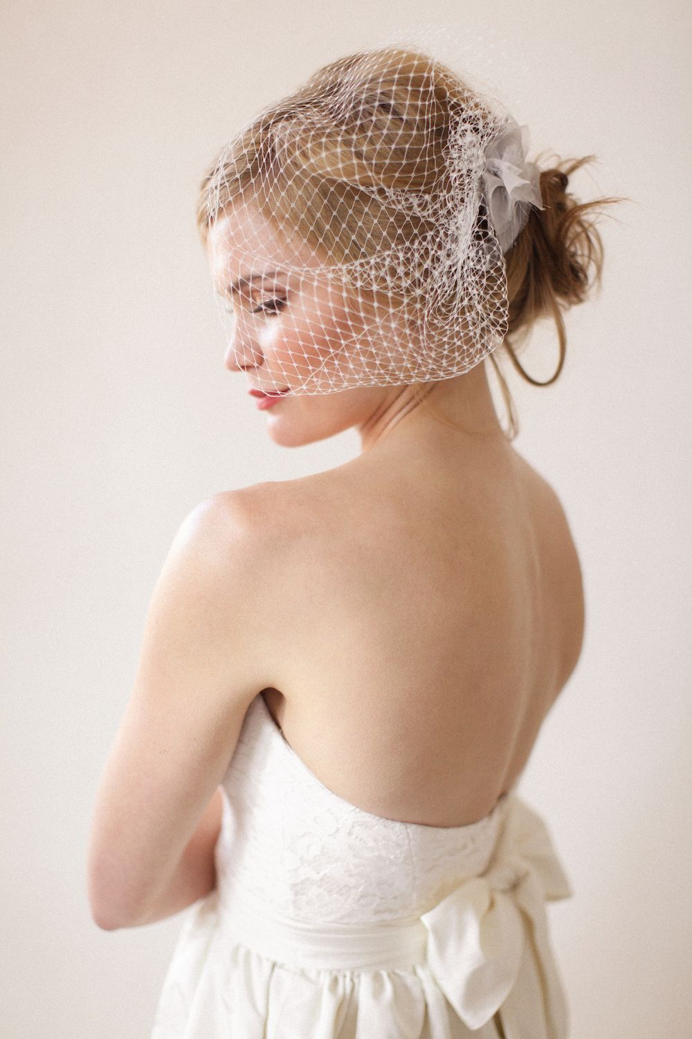 Aaron Snow Photography Oklahoma Wedding Photographer Bride Veil Birdcage Veil Heylee Dawson Dress Bride Beautiful