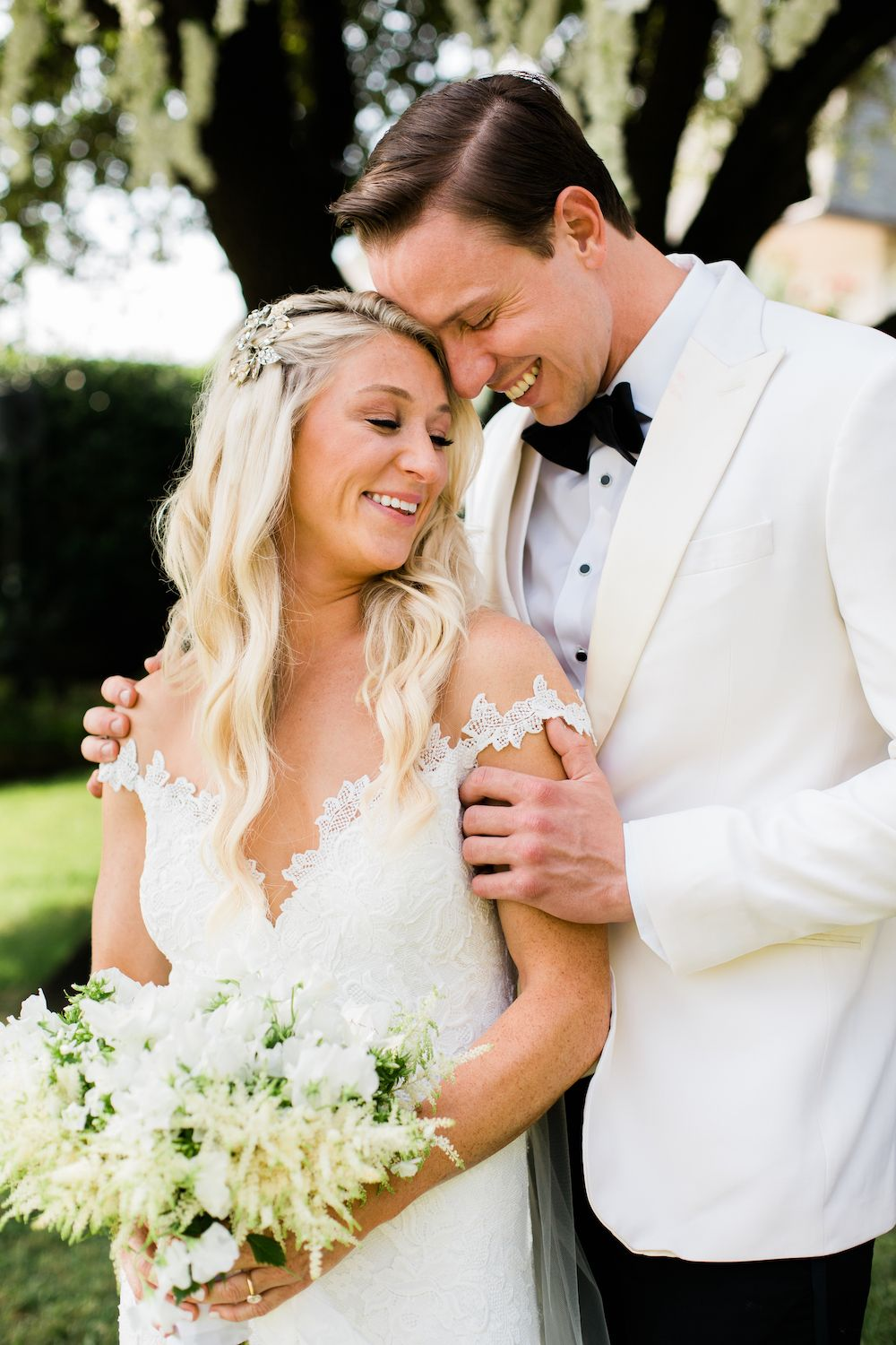 Aaron Snow Photography Oklahoma Wedding Photographer bride groom white tuxedo OKC Golf Country Club Jacquelyn Elmer Clay