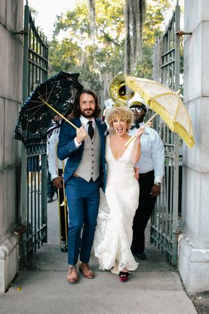 Aaron Snow Photography Oklahoma Wedding Photographer New Orleans Bride Groom City Park Parasols Cary Holton Kauk Tyler