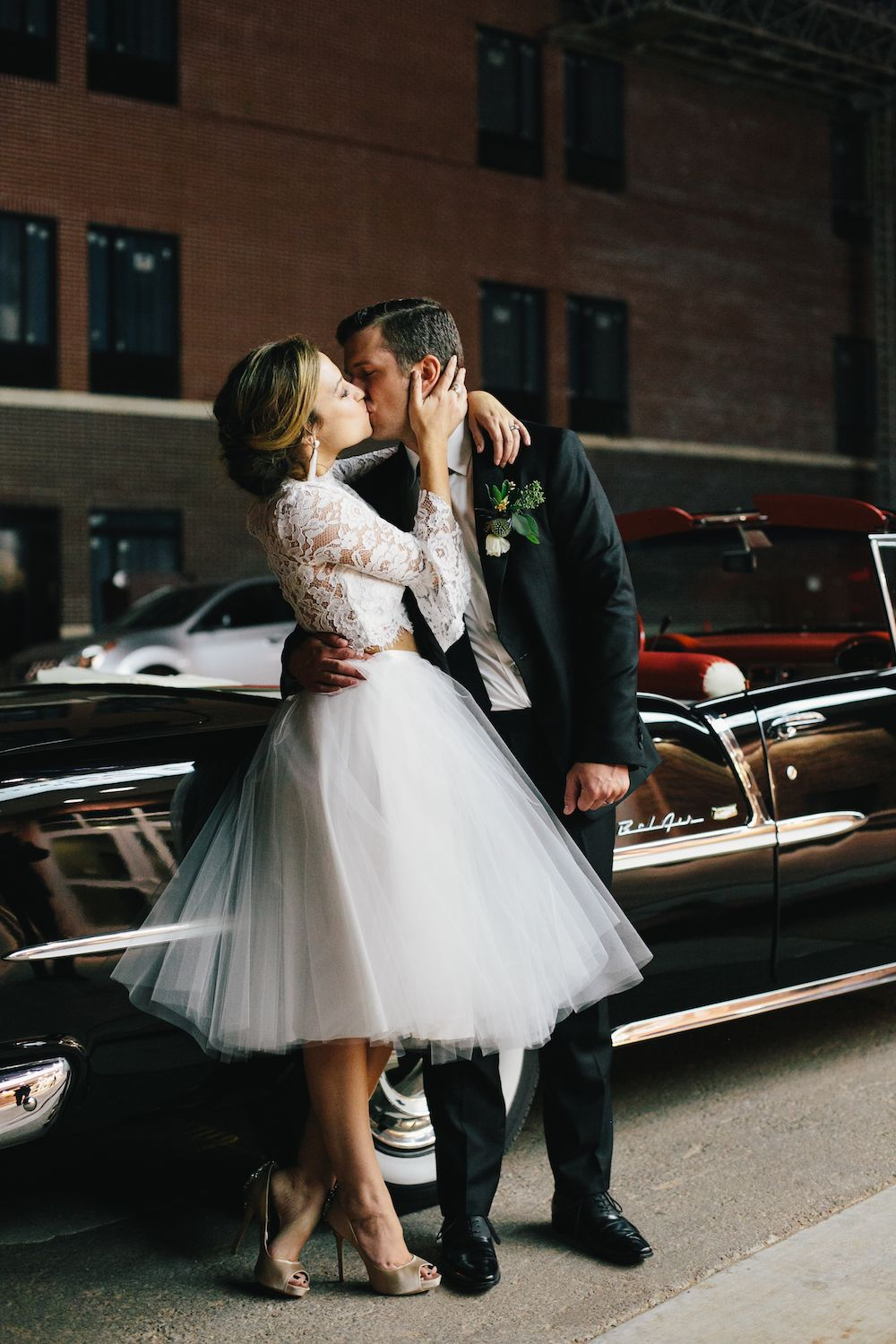 Aaron Snow Photography Oklahoma Wedding Photographer Criterion OKC Vintage Bride Groom Kissing Kiss Dress Legs Shoes
