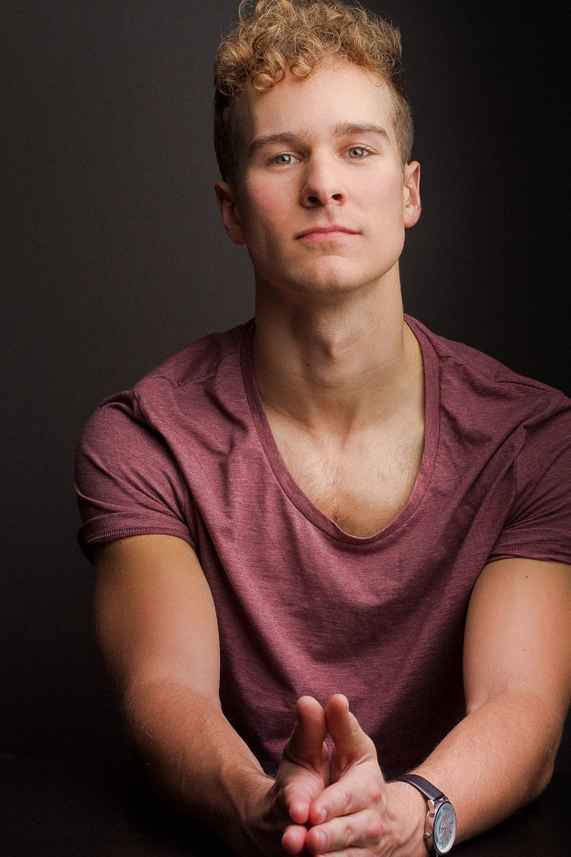 headshots nyc of newsies broadway actor ryan steele