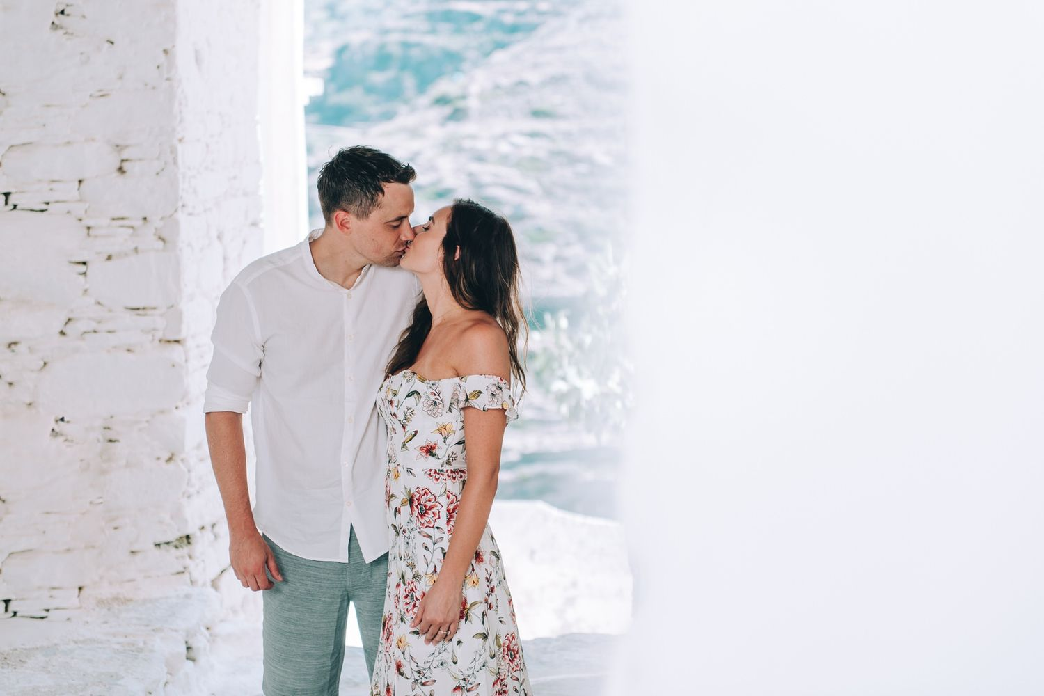 couple in engagement shooting at kastro in sifnos island