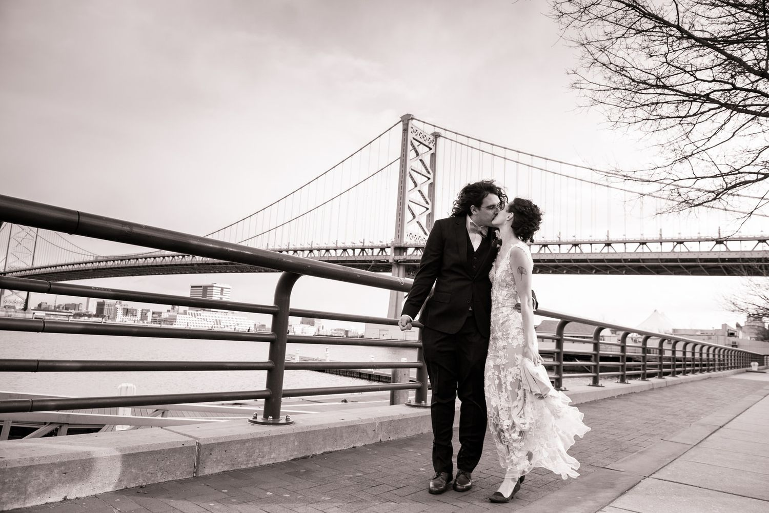 philly waterfront wedding