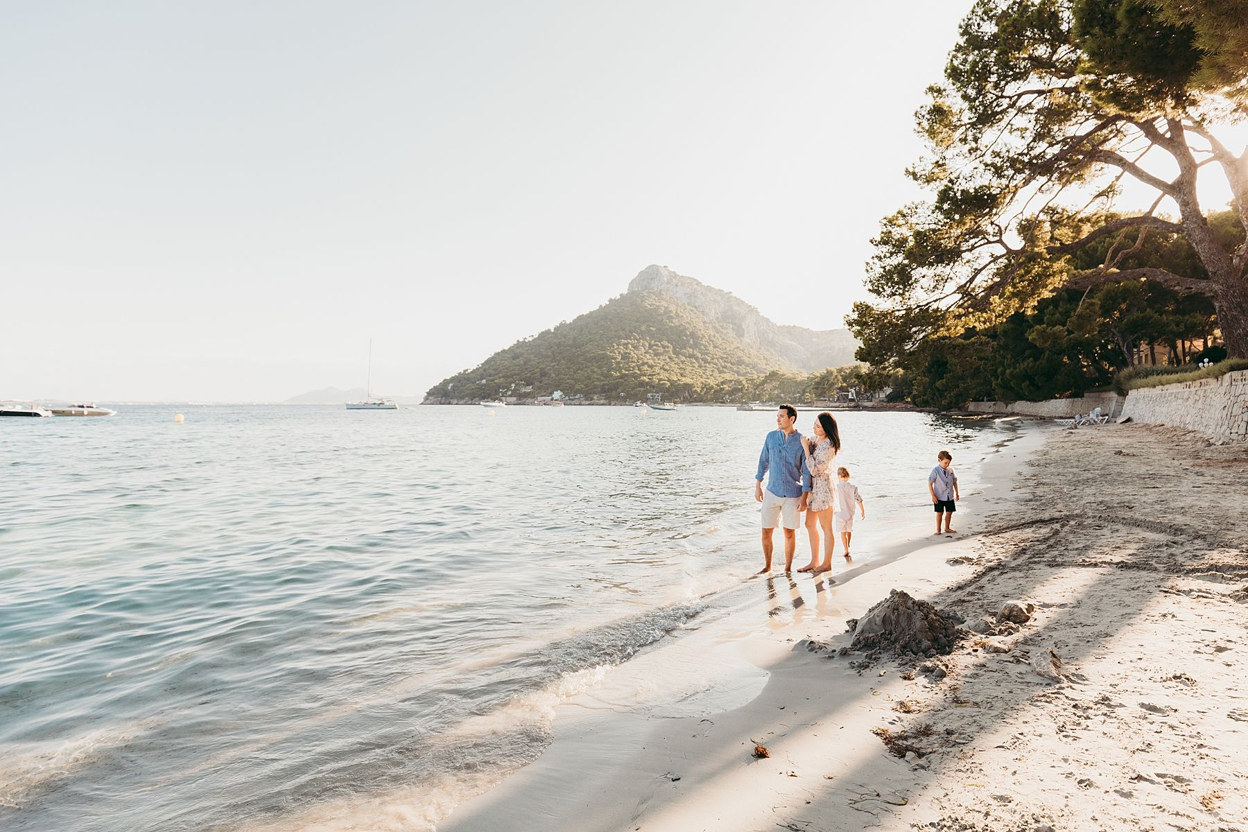 Mallorca Family Photographer, natural, emotional, beach of Formentor, unforgettable memories