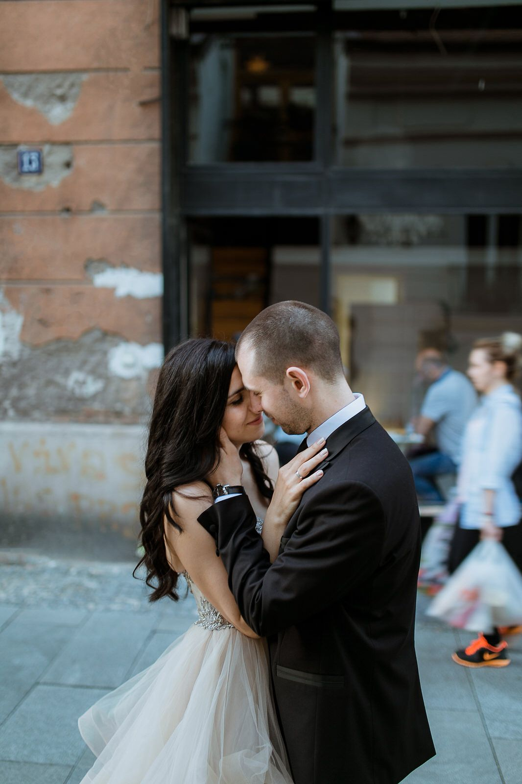 Bride and groom posing in the streets of Belgrade