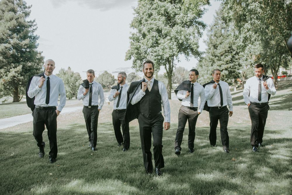 rebecca skidgel photography crow canyon country club danville wedding photographer groom and groomsmen photos walking