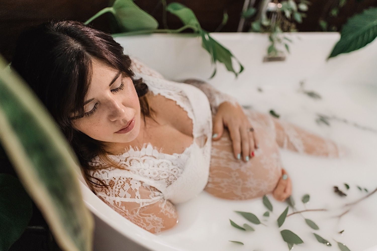 Maternity milk bath session by sarasota family photographer