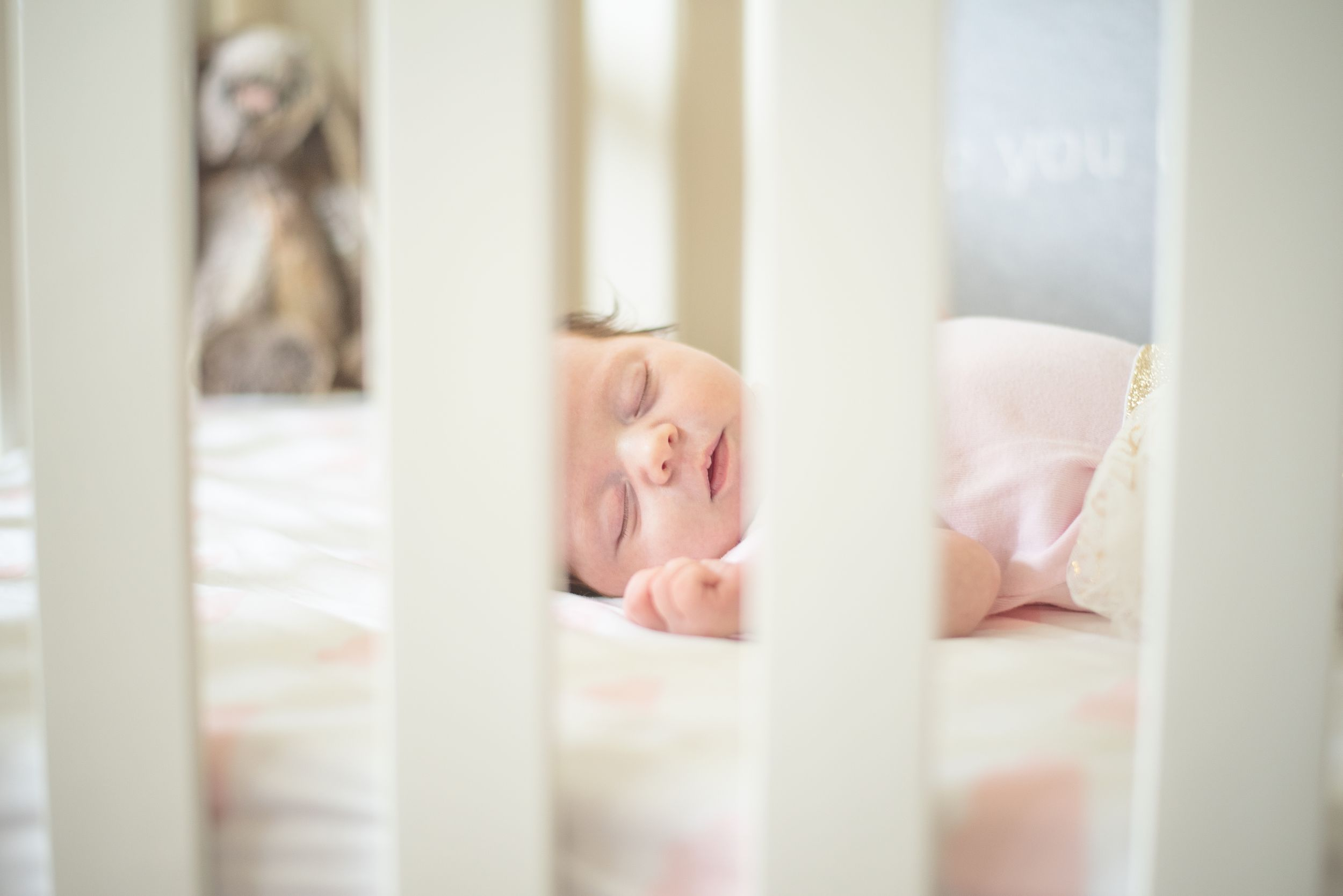 light and airy photographer in Kamloops, Kamloops newborn photographer, Kamloops maternity photographer