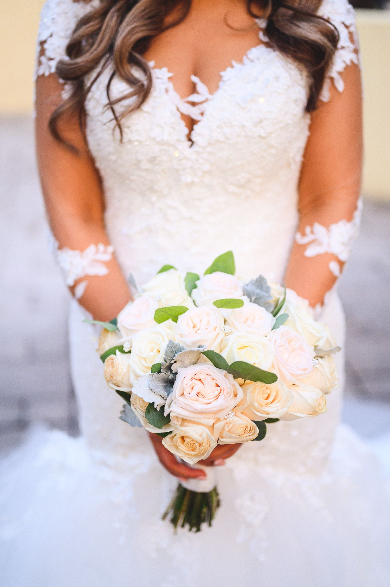 bride flowers and dress details