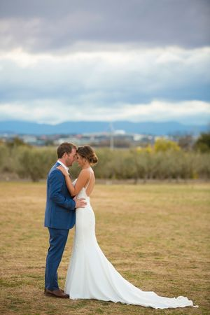 Bride and groom portraits at Pialligo Estate wedding in Canberra
