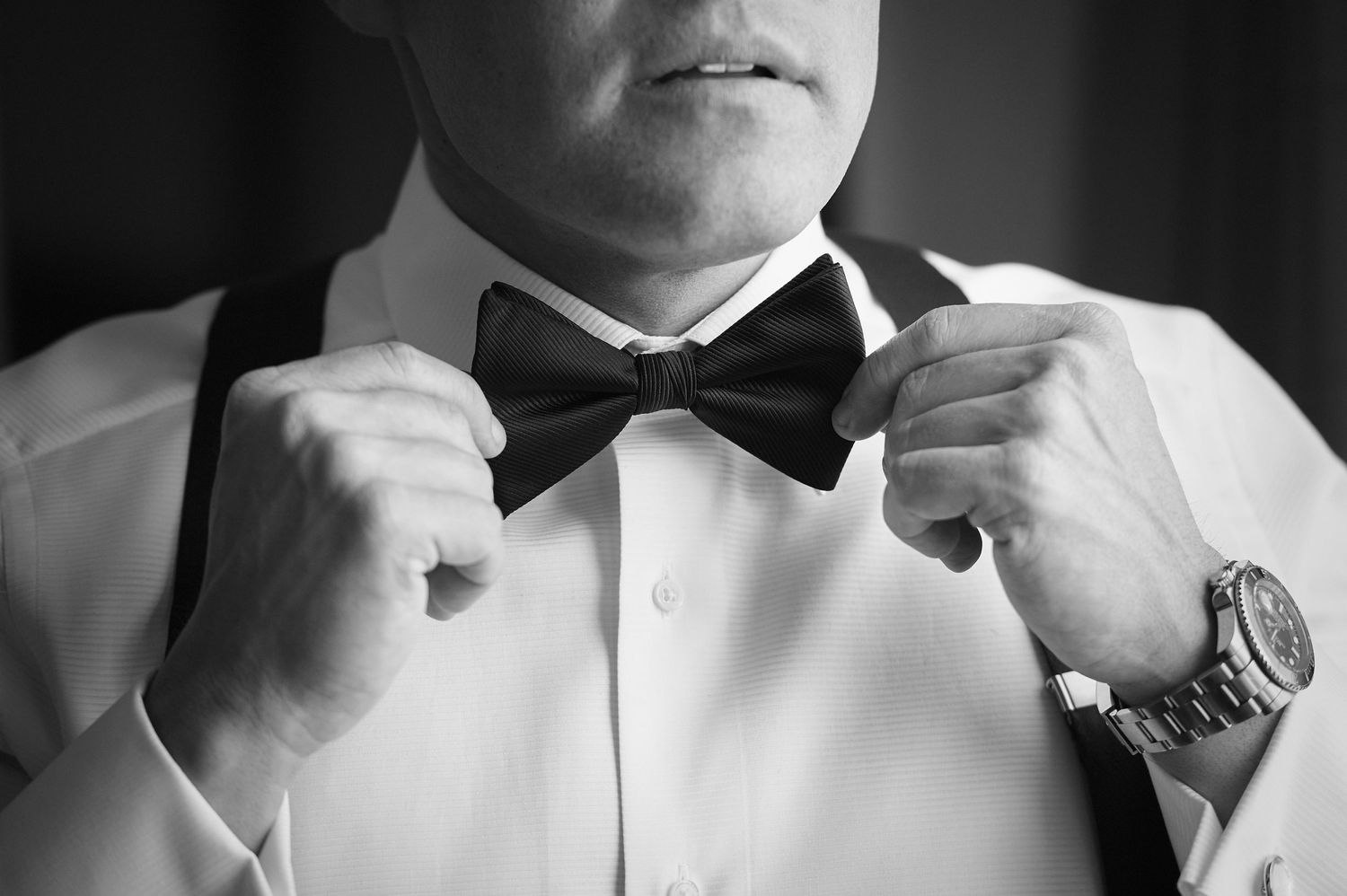 groom's hands and bow tie at the Marriott in Old City Philadelphia