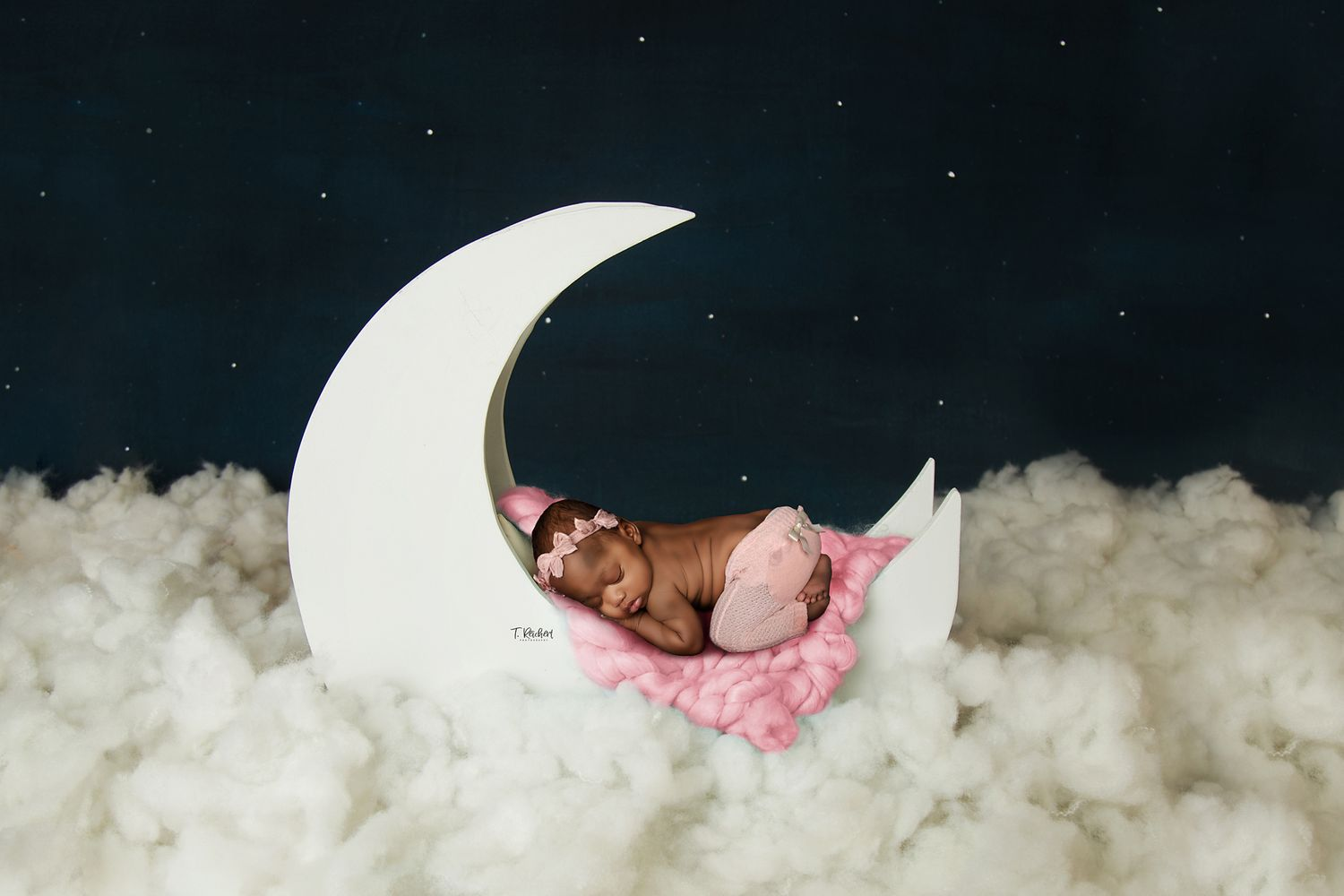 newborn moon prop composite photographer