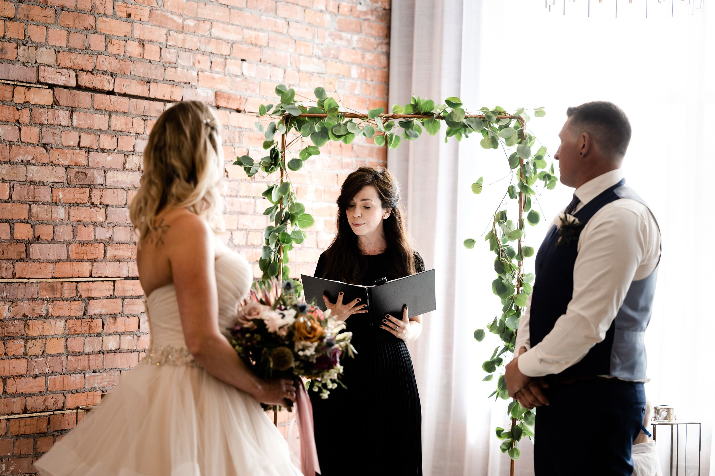 Urban officiant