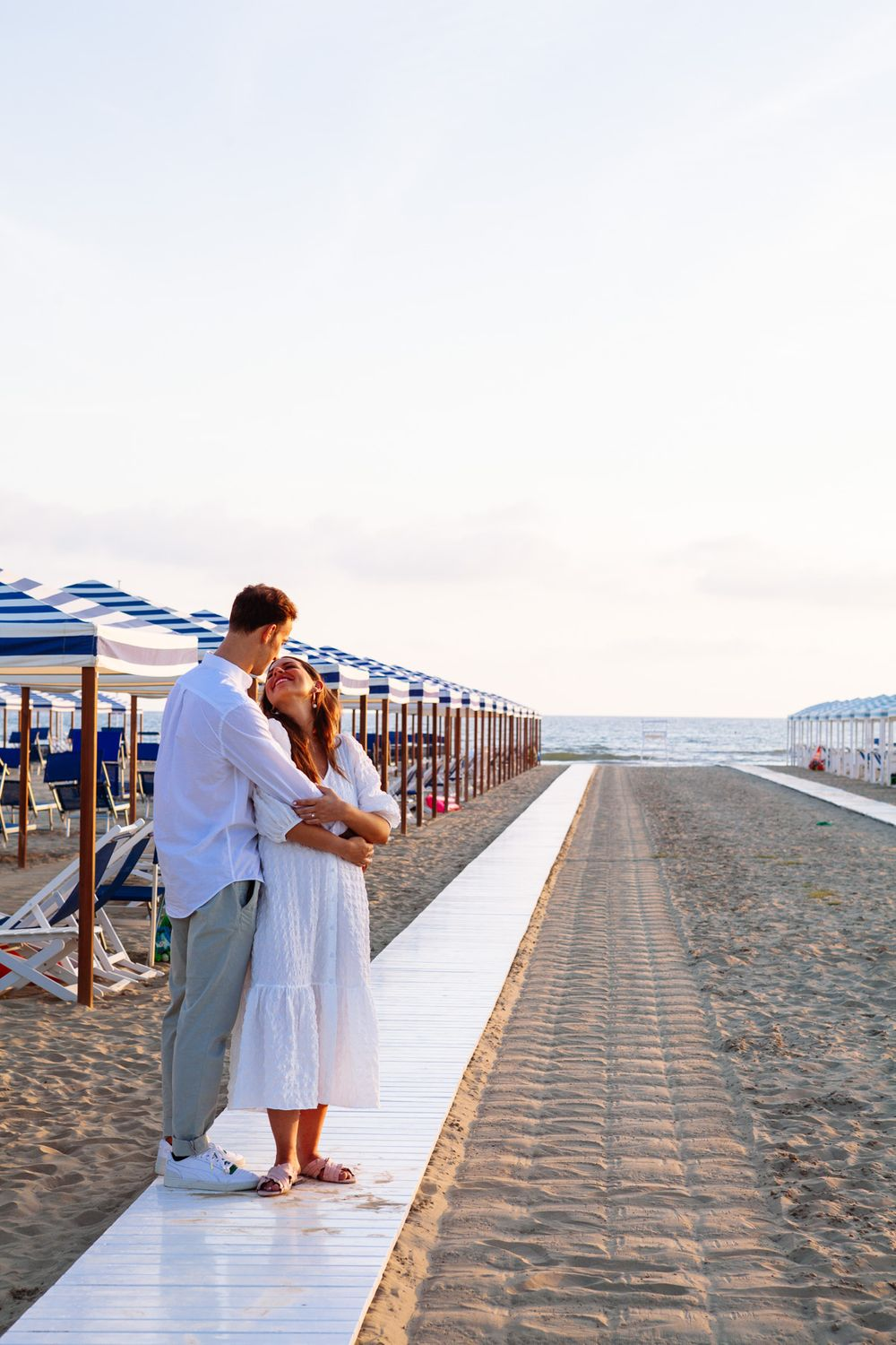 romantic elopement photography on the coast of Tuscany
