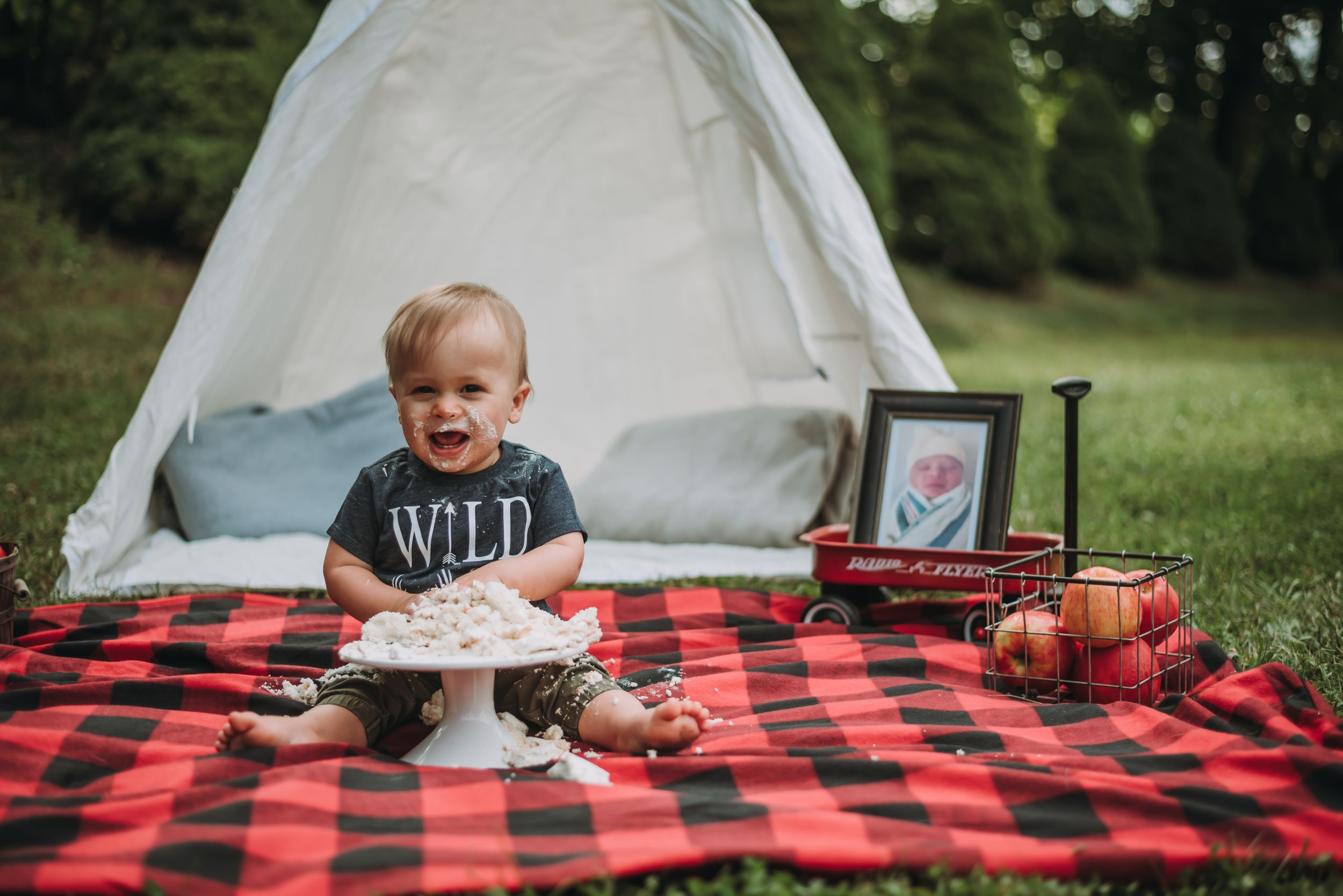 Cake Smash | New York Family Lifestyle Photographer