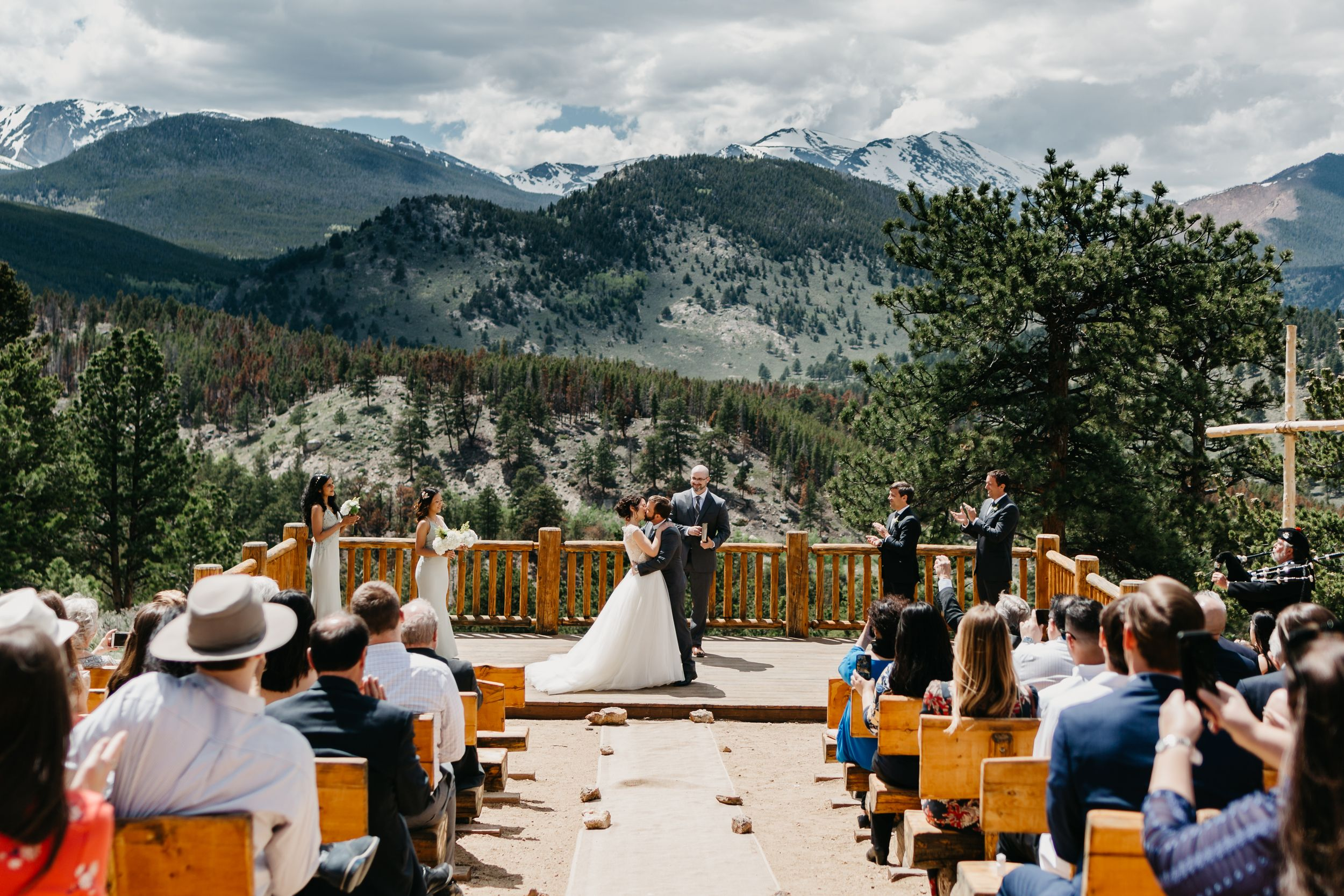 the kiss, wedding ceremony, photography, colorado, estes park, forest wedding, classy, timeless