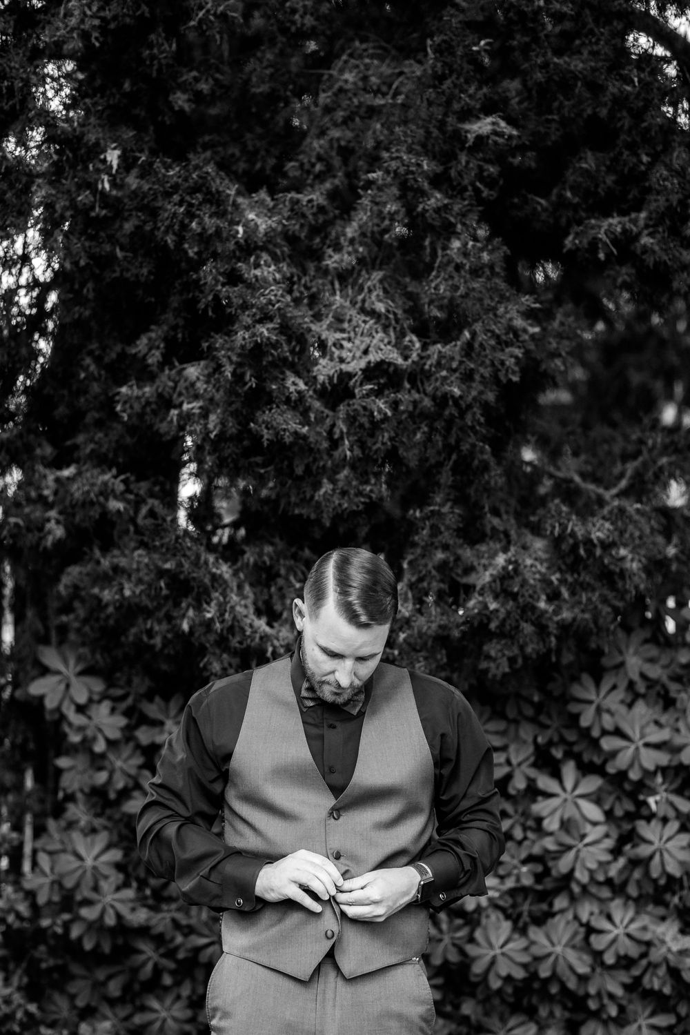 rebecca skidgel photography redwood elopement uc davis northern california groom getting ready ring details smiling