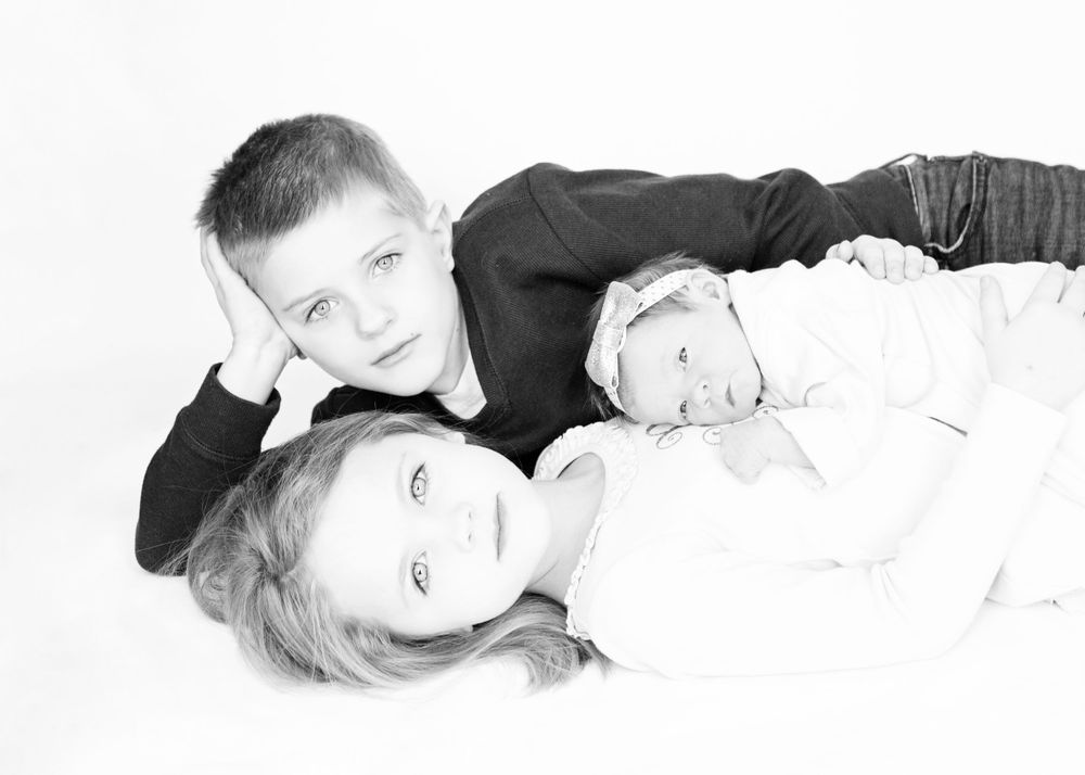 "<img src=""olivia_15"" alt=""youngstown newborn pictures"">"