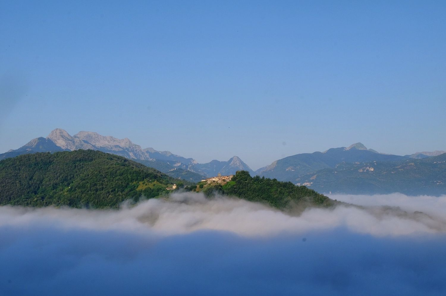 clouds hang low in the Serchio valley