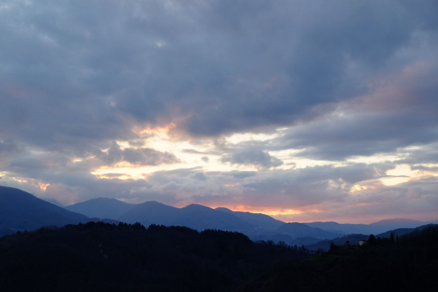 dramatic clouds in Garfagnana