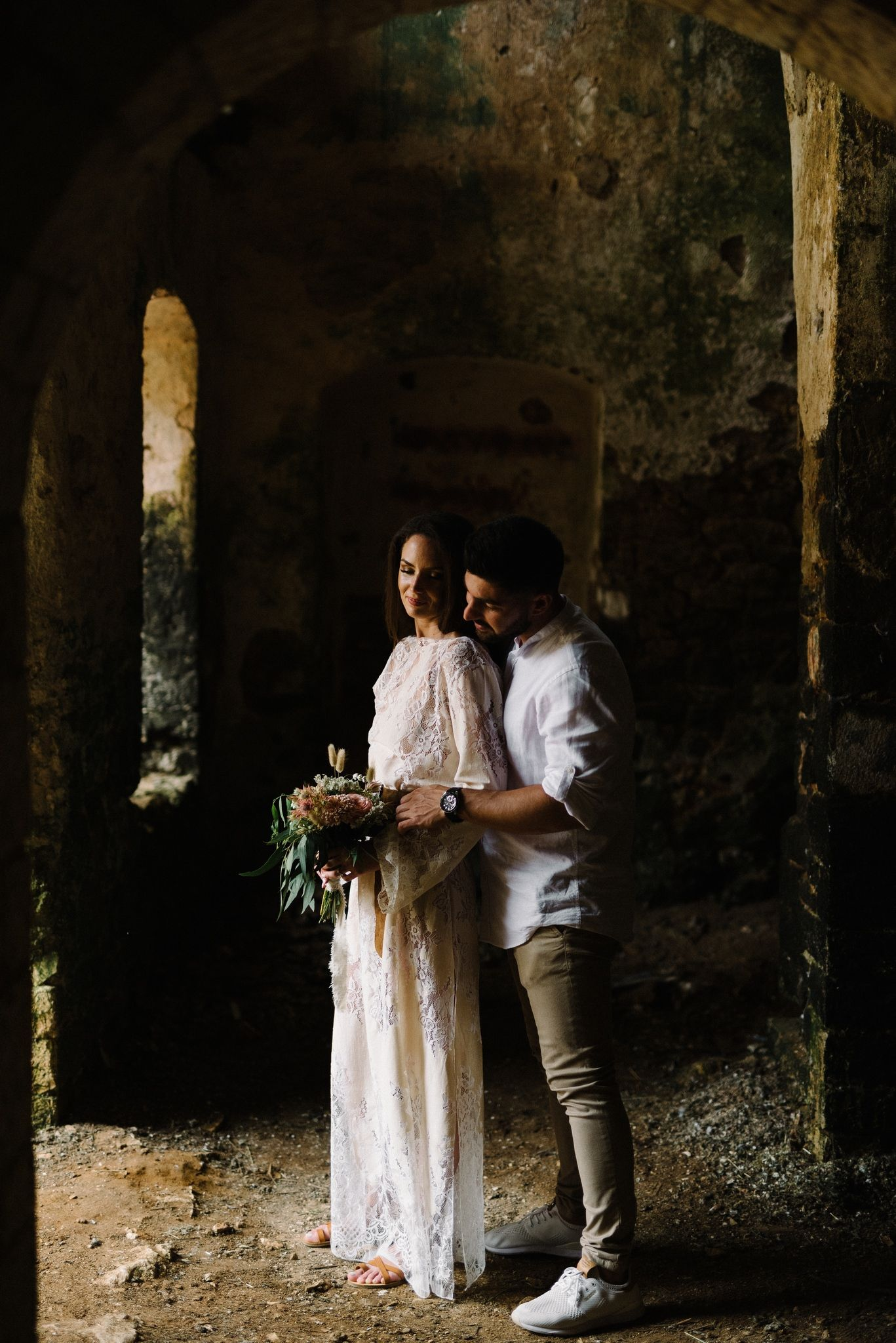 couple inside pantocrator castle in preveza