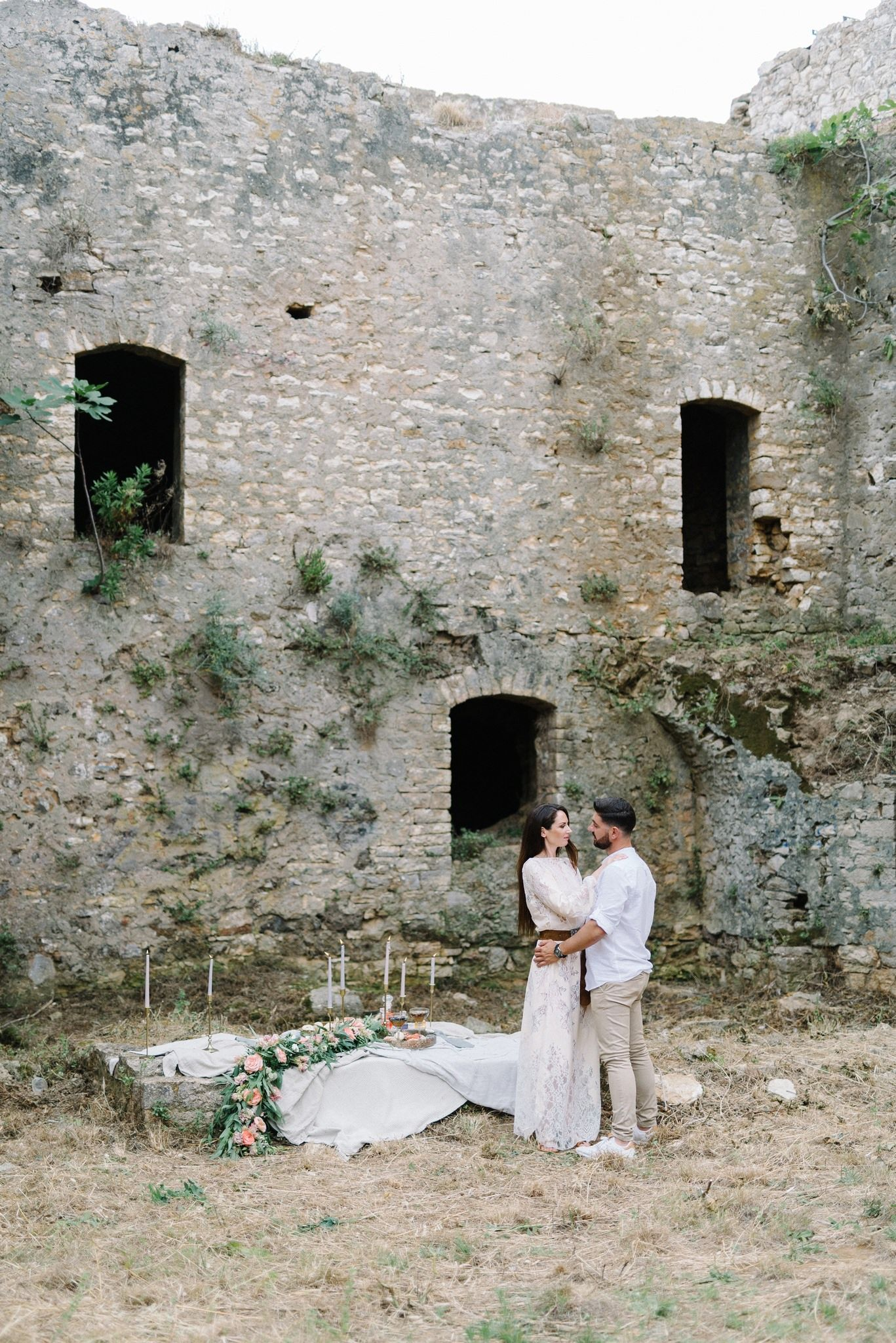 engagement shoot inside pantocrator castle in preveza greece
