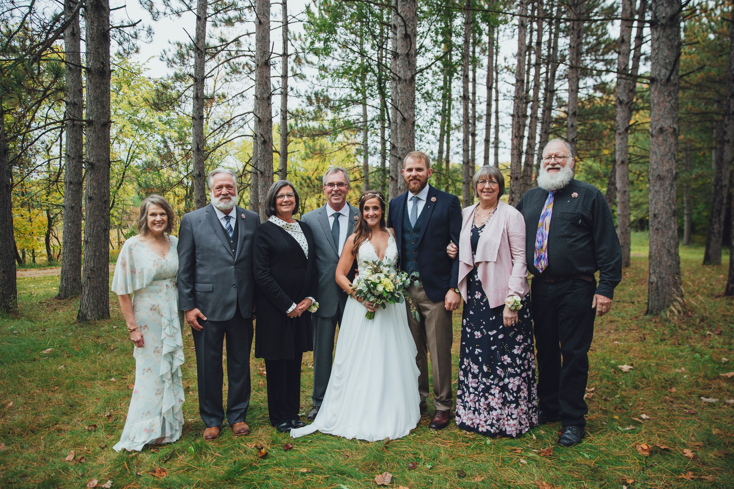 photos, family pictures, wedding, wedding day formal pictures, jennifer christi photo & video, MN ND photographers
