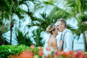 groom kisses bride's nose - laugh laughing - Nicolas Fanny - Mauritius Wedding Photographer - Destination Wedding
