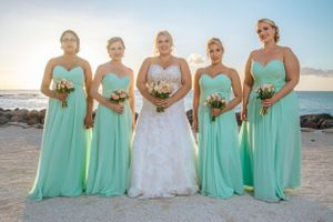 Beautiful bridesmaid - Nicolas Fanny - Mauritius Wedding Photographer - Destination Wedding