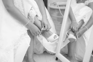 shoe lace - Nicolas Fanny - Mauritius Wedding Photographer - Destination Wedding