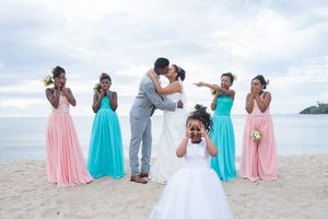 funny bride groom Nicolas Fanny - Mauritius Wedding Photographer - Destination Wedding