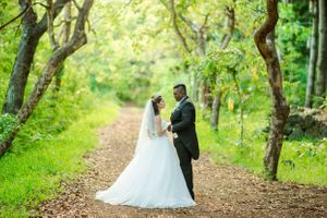 forest photo shoot fairytale - Nicolas Fanny - Mauritius Wedding Photographer - Destination Wedding