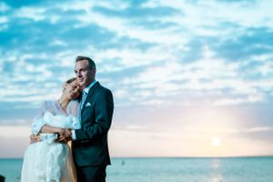 sunset wedding - Nicolas Fanny - Mauritius Wedding Photographer - Destination Wedding