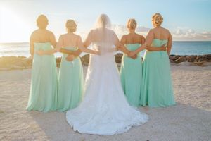 Bridesmaid back - Nicolas Fanny - Mauritius Wedding Photographer - Destination Wedding