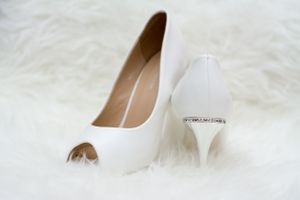 Bridal shoes - Nicolas Fanny - Mauritius Wedding Photographer - Destination Wedding