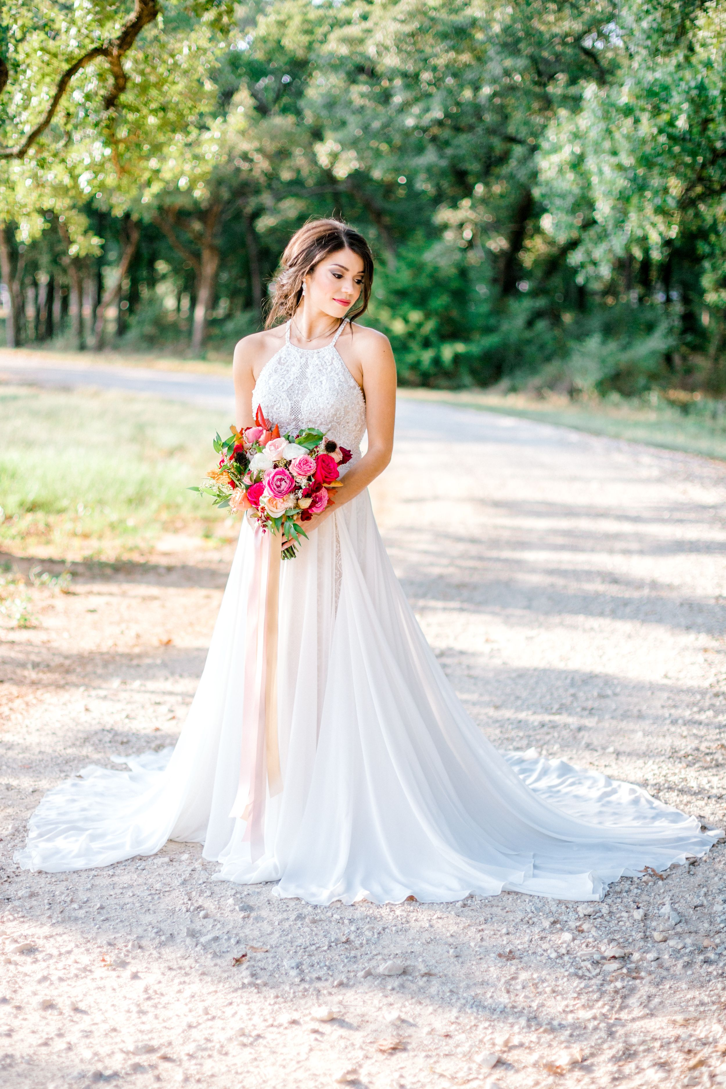 Elizabeth Couch Photography | Dallas Fort Worth Wedding Photographer | summer bride Bella cavalli tr floral
