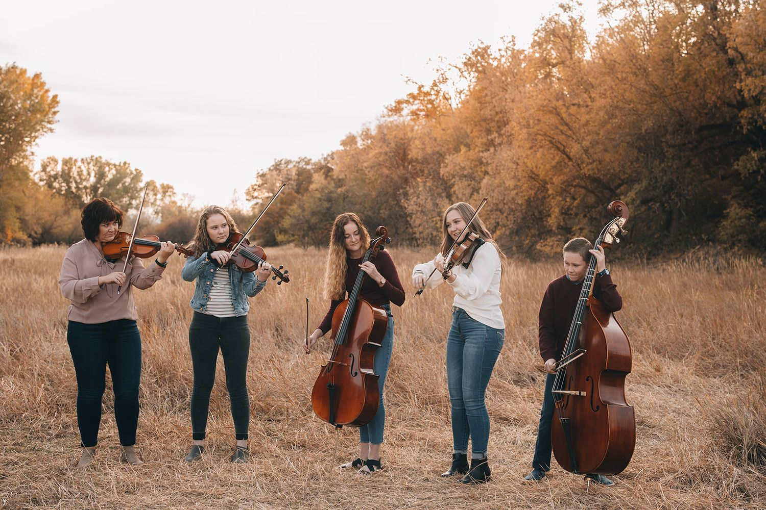 fall family Utah photographer Layton Kaysville portrait lifestyle Davis autumn Kays creek  music
