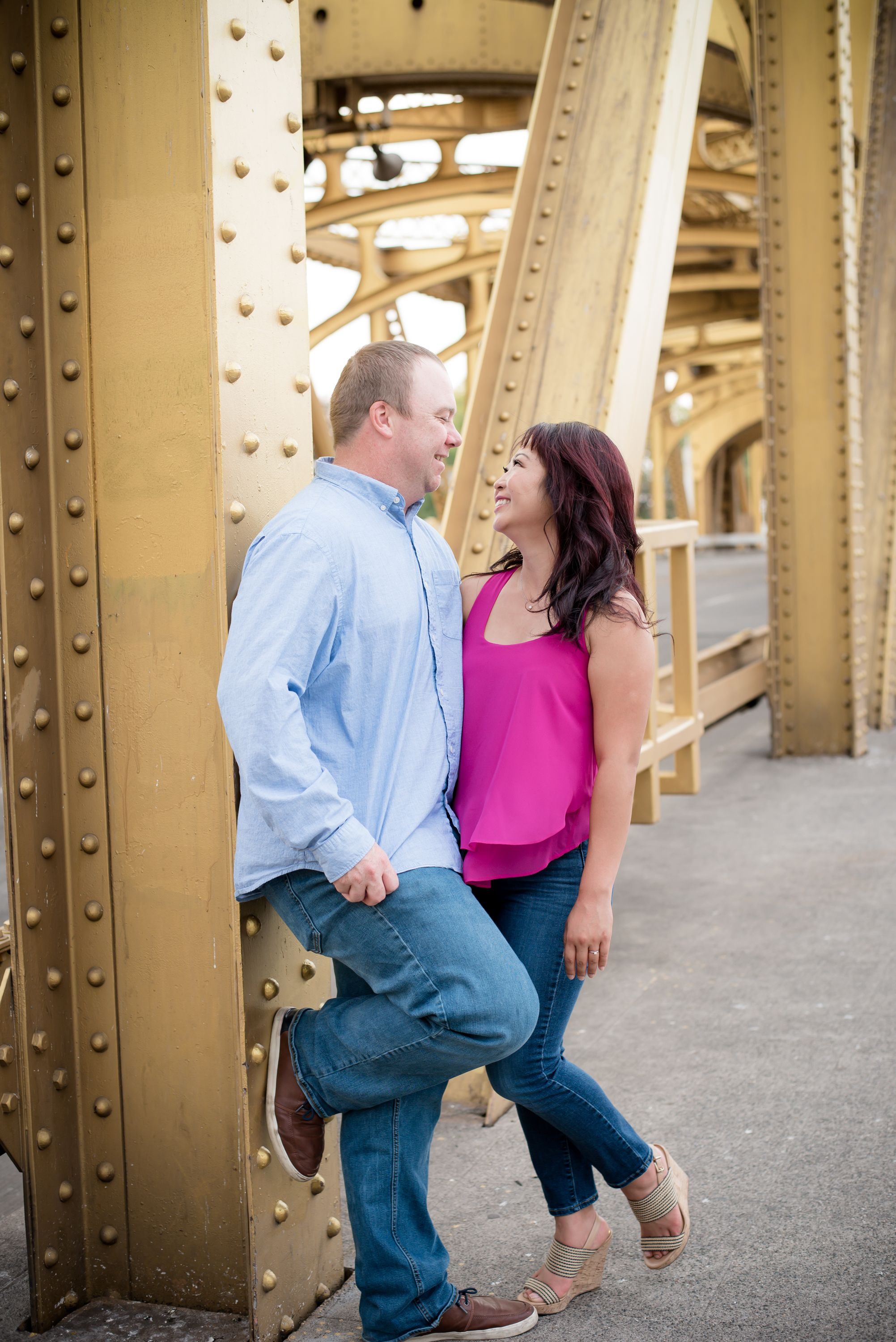Sacramento engagement photographer - engagement photo session in Old Town Sacramento, Calif.