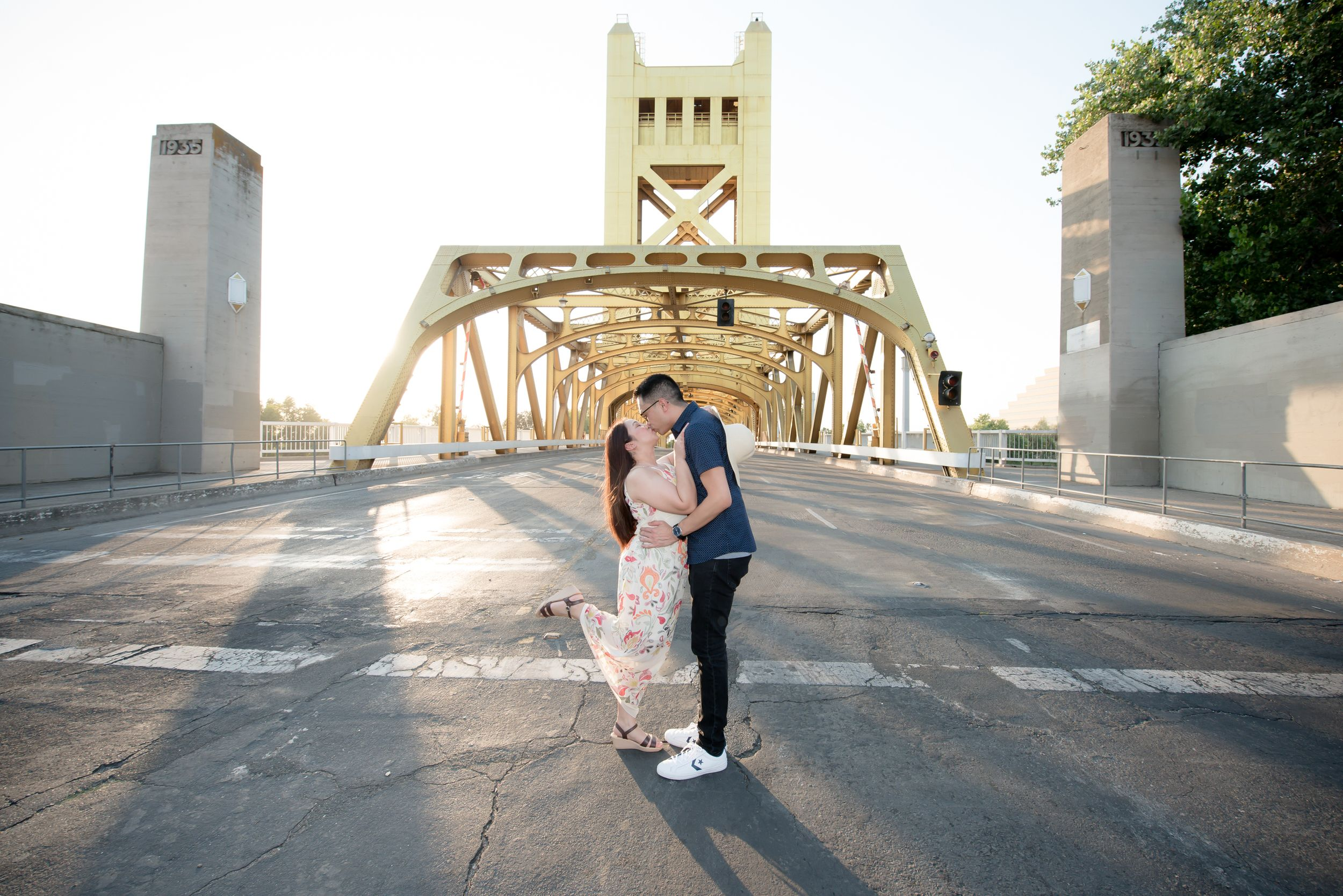 Sacramento engagement photographer - engagement photo session at the Tower Bridge in Old Town Sacramento, Calif.