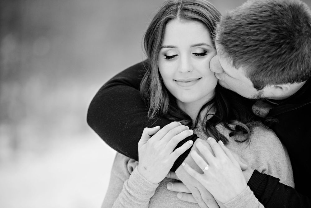 Winter engagement session at Cuyahoga Valley National Park