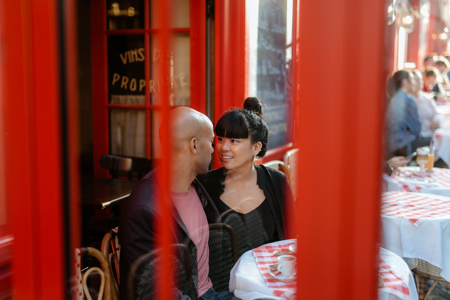 Montmartre engagement photo shoot