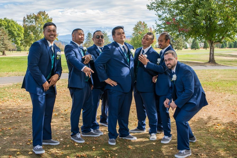 groom and groomsman formals at high cedars golf course in Orting