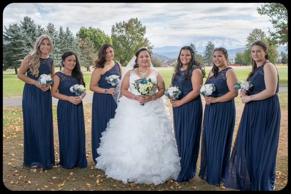 bride and bridesmaids formals at high cedars golf course in Orting