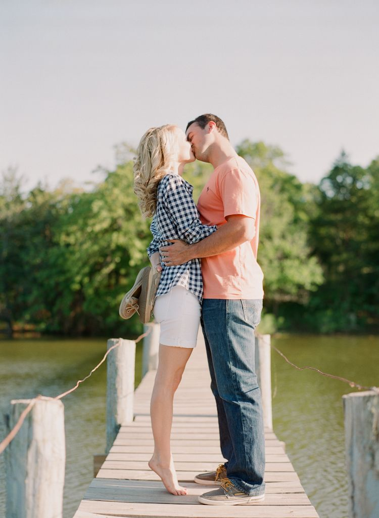 Oklahoma wedding engagement photographer engagements Aaron Snow Photography country lake summer couple Guthrie kissing