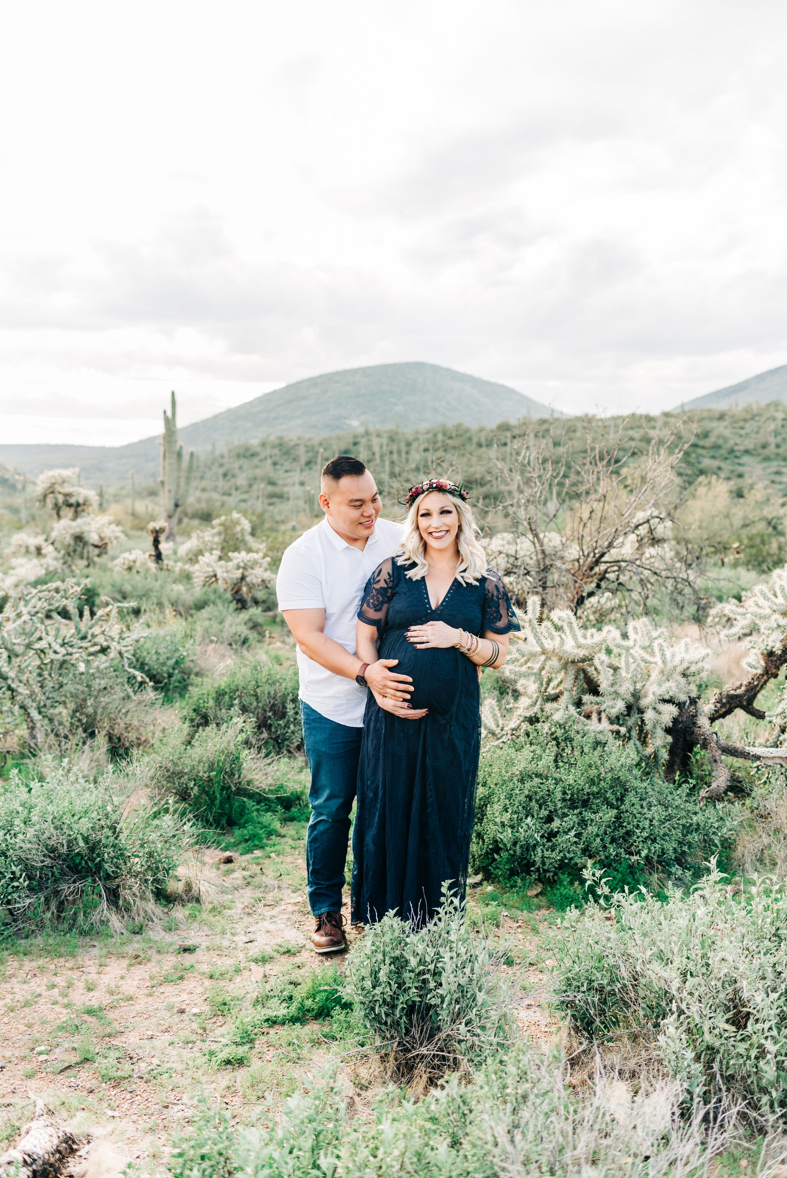 Maternity Session pose idea for mom and dad